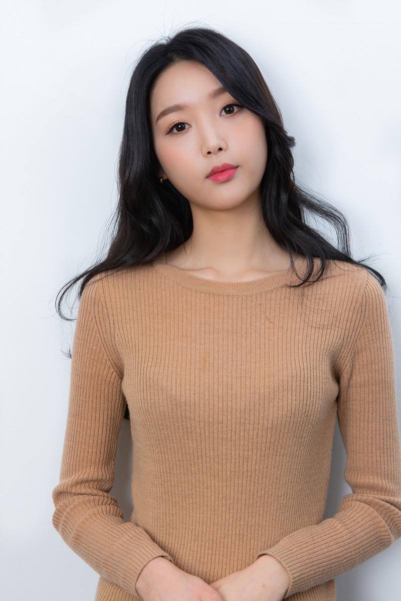 大人可愛いピーチ韓国メイク_18.jpg